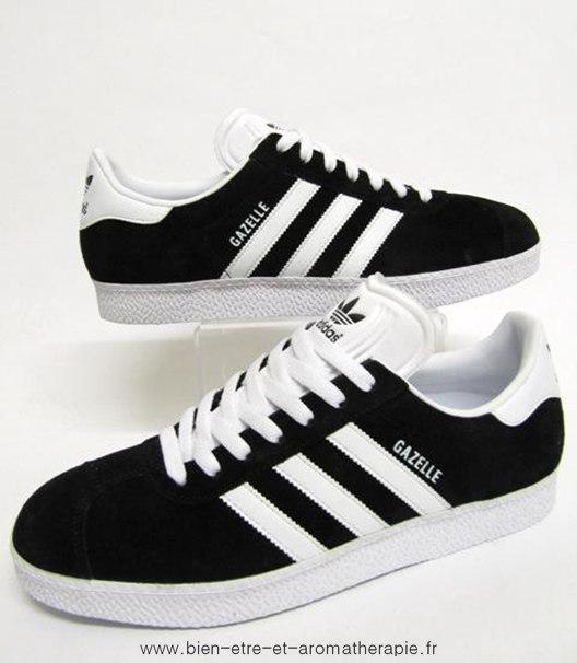 sneakers for cheap 209b7 04bea Adidas Originals Gazelle Ii Noir Bleu Enfants  adidas Gazelle 2 J W  chaussures beige blanc - ovMpmK. Fiable Adidas Gazelle 2 J Chaussure  Garons marine de ...