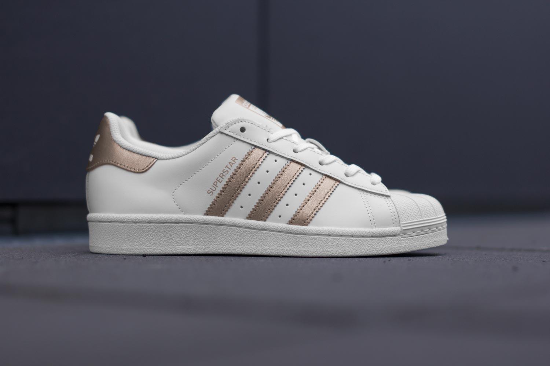 Pas Blanc W Superstar Acheter Cher Chaussures Cuivre Adidas xwaTgqYg