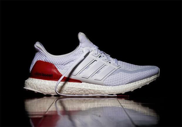 ce094a958a223 Découvrez tous les styles de adidas ultra boost bleu blanc rouge pour  hommes, femmes et enfants dans une gamme de tailles et de styles.
