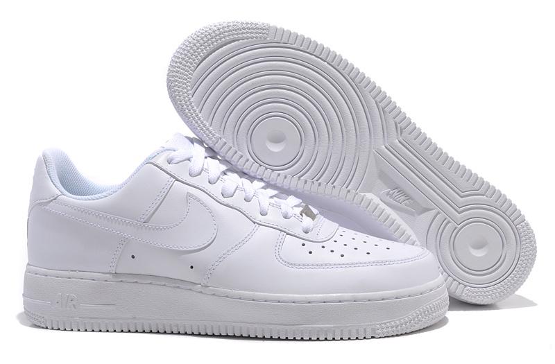 buy popular 4c0dd 79e69 chaussure nike pas cher destockage · air force blanche courte