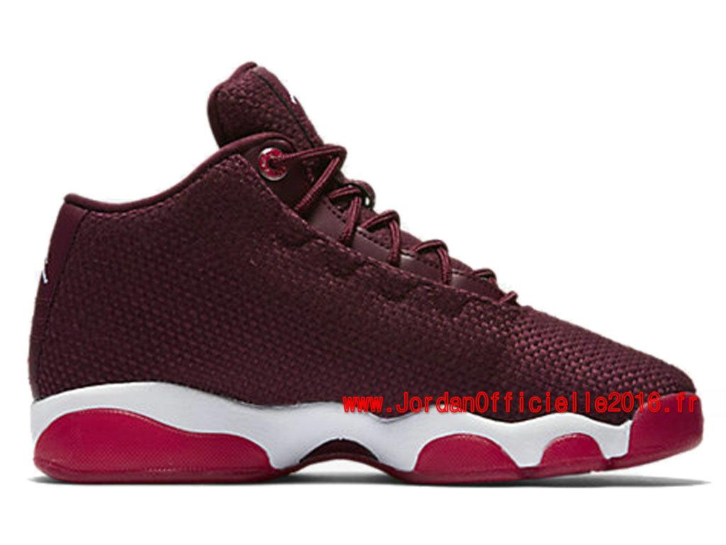 Soldes Nouveau Officielle Air Jordan 3 Retro - Basket Jordan Pas Cher Chaussure Pour Fille Noir
