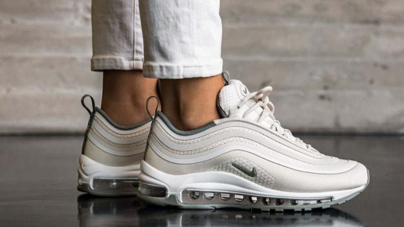 on feet shots of half price low price sale Acheter air max 97 ultra 17 femme pas cher