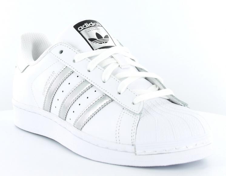 Acheter basket adidas femme blanc argent pas cher