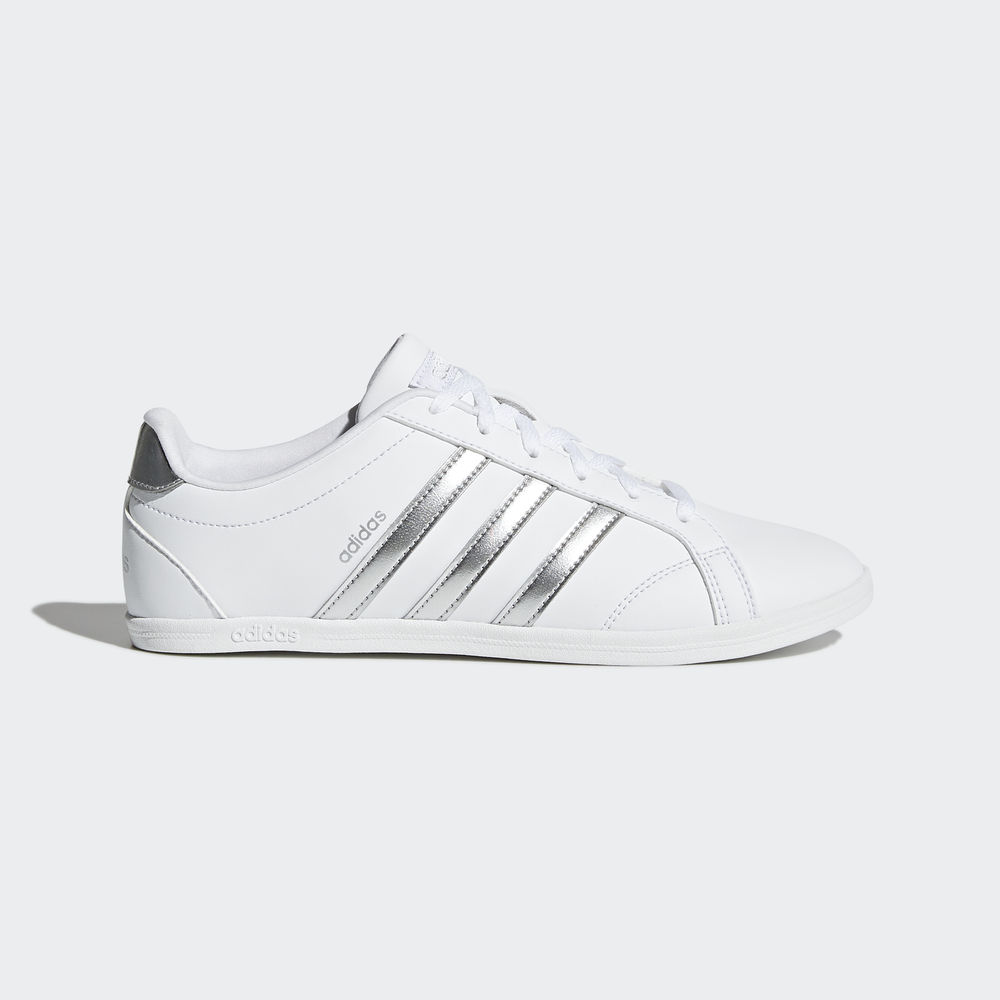 competitive price b6d25 9b33f Allure Chaussure baskets adidas courtvantage w argent femme chaussures  accessoires femme. Pas chere Basket Homme Adidas Solde Chaussures Superstar  II ...