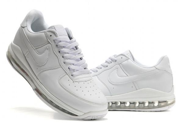 uk availability 383f0 8e66e Nike Air Max Skyline Noir Bas 25 Basket Nike Commentaire Favorable Prix  Homme Cliquez pour zoomer Chaussures Nike ...