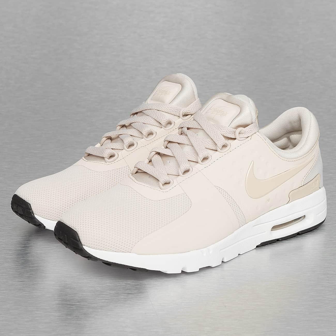 nike femmes chaussures beige