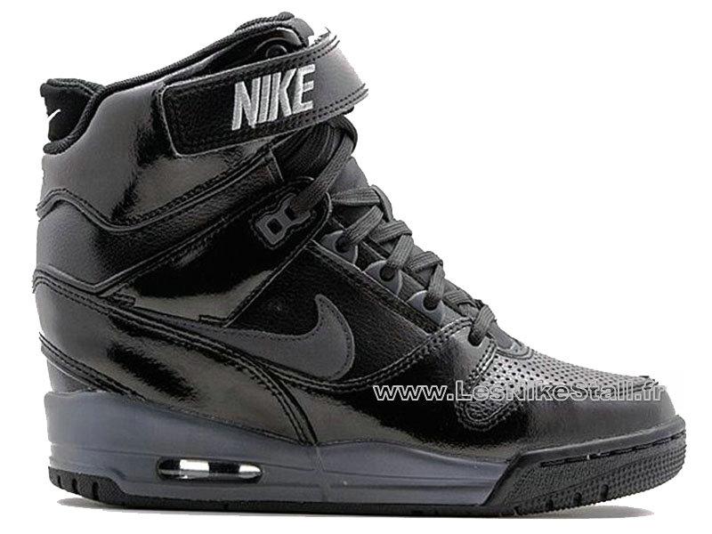 02174524af55b Nike Dunk Sky High (Haute) \ basket nike femme compensee noir. Baskets  compensées blanches look casual femme ?me Rêveuse Blanc Nike Baskets Soldes  Femme ...