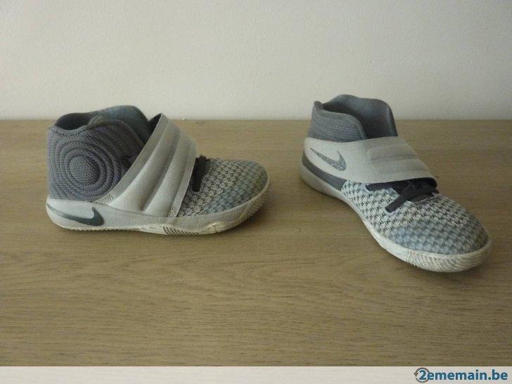 5b491fe83d0cc Nike - Chaussure de Basketball Zoom Live Ii Noir Pour Homme Pointure - 48 baskets  adidas pointure 26 Chaussures enfants ... Basket Nike fille pointure 26 .