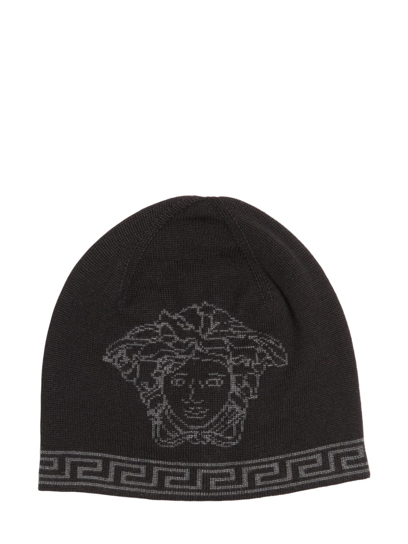 Acheter bonnet versace pas cher 5f47f842e9f