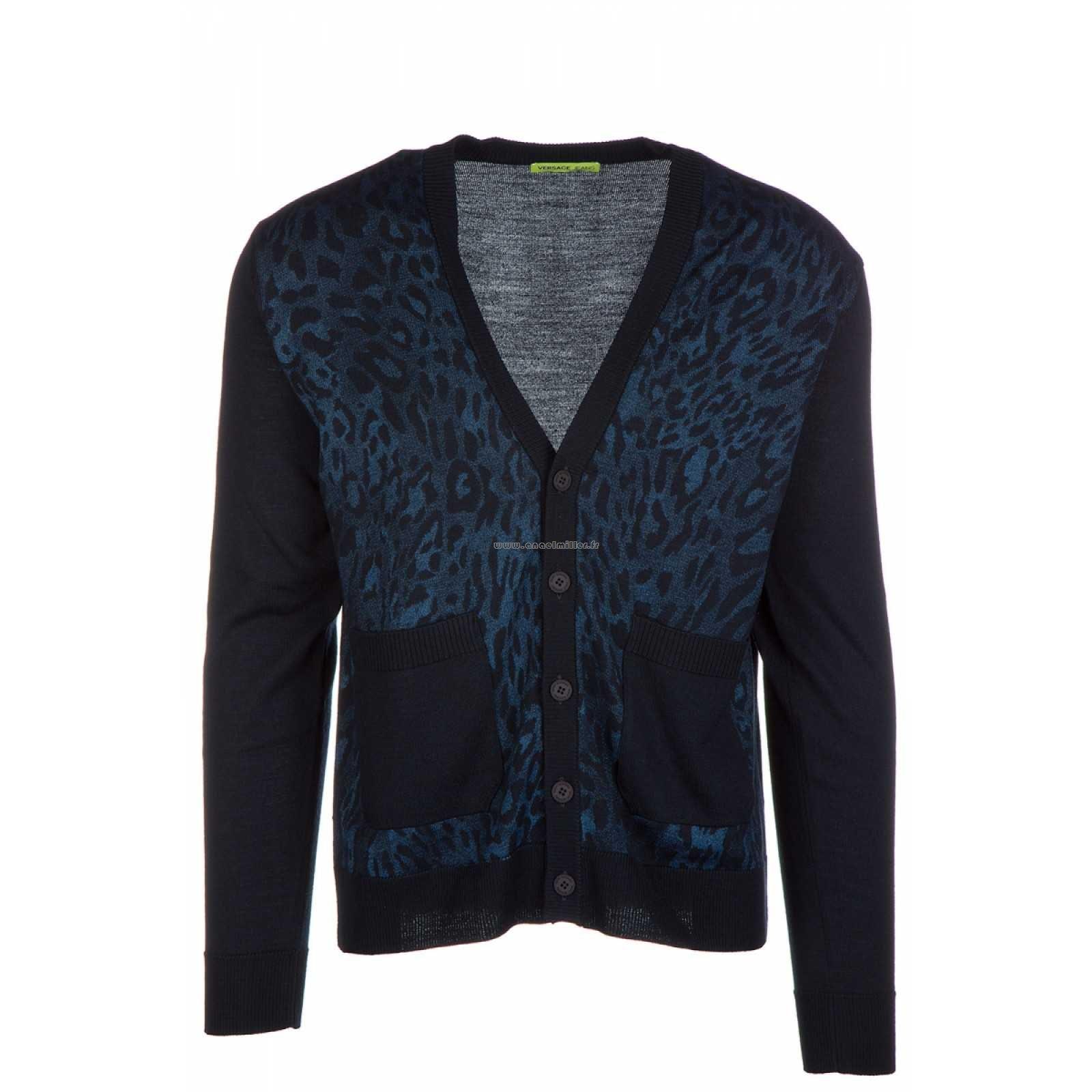Cardigan burberry homme. bleu pétrole. m. Manteau ajusté en tweed de laine  de Donegal à chevrons Burberry Femme Noir En Soldes Burberry. 0a9e4574f72