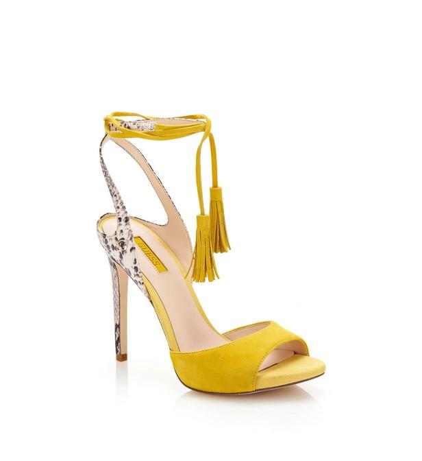 9adf1e8e9da0e Découvrez le confort de la technologie Air avec les chaussure guess pas  cher femme. Découvrez tous les styles de chaussure guess pas cher femme pour  hommes, ...