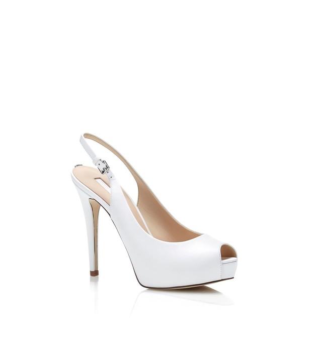 6001197c167e51 Chaussures femme Bottes Guess 022 Bottes Femme Cuir Marrone Chiaro ,guess  botte,blouson guess,pas cher. Femme Chaussures Guess Baskets basses - white  ...