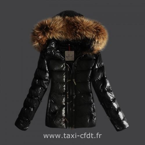 5f5432aa2081c Guess Doudoune droite matelassée zippée Homme Noir Mode Vêtements  Doudounes,vente guess,guess promo ... Guess M63L27W7JU0 LA941 GRIS    Vêtements Doudounes ...
