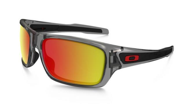 Découvrez tous les styles de lunette de soleil oakley homme pas cher pour  hommes, femmes et enfants dans une gamme de tailles et de styles. 96ecf72411f4